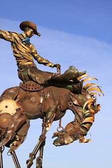 Robert Lopez ranchCast Bronze, Lopez Ranch, Feet Tall, Iron Sculpture, Robert Lopez, Arty Ideas, John Lopez, Lopez Studios, Amazing Scrap