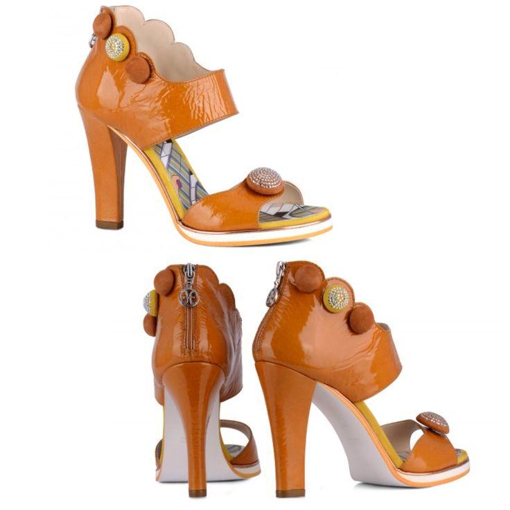 FABI collection. www.fiera-italia.com.   Praha, Vaclavske namesti 28.   Pasáž  U STÝBLU.   Fiera Italia.    Shoes boutique.