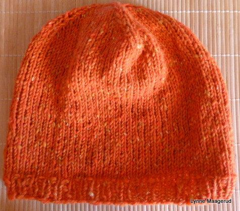 Handknitted hat in orange wool and angora by LynnesEbooks on Etsy