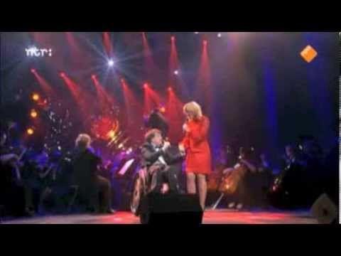 ▶ Ron Gloudemans in duet met Claudia de Breij - Mag ik dan bij jou - YouTube