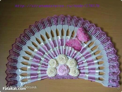 310 best images about plastic spoon crafts on pinterest for Crafts with plastic spoons and forks