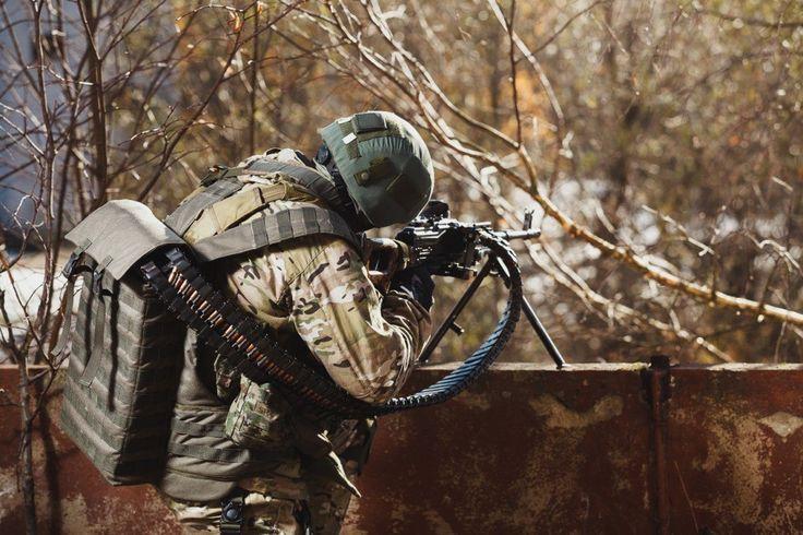 """Испытания """"Скорпиона"""" Гибкий рукав подачи пулеметной ленты для ПК и Печенег. Вместимость номинальная 550 патронов. Вес в сборе без БК 4,1 кг. Перезарядка -около 2мин."""