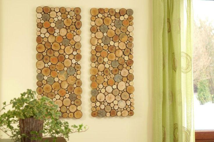 panneaux en rondelles de bois en différentes tailles en tant que décoration murale bois cool et originale
