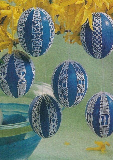 Easter eggs decorated with bobbin lace