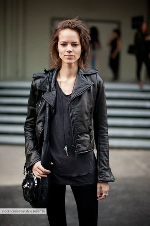 With all black you never go back. Simple and edgy. Perfect combination