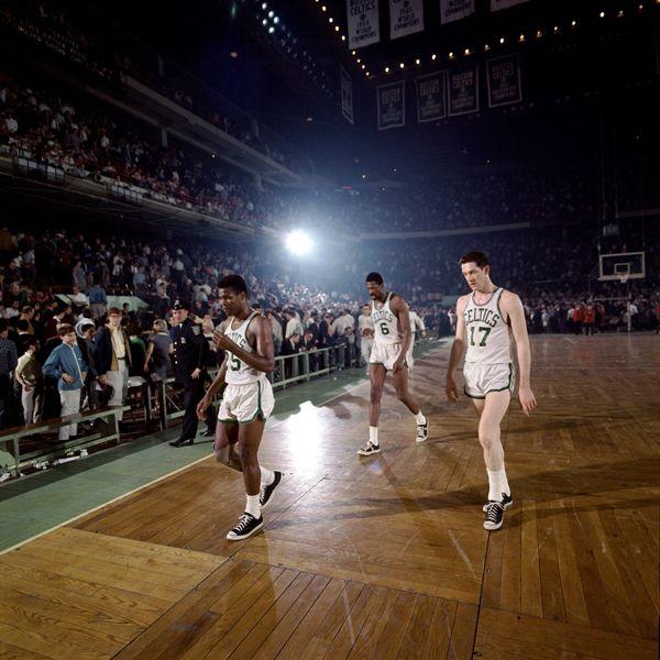 Jones, Russell, Havlicek.: Basketball, Jones, Sports, Sport Photography, Russell