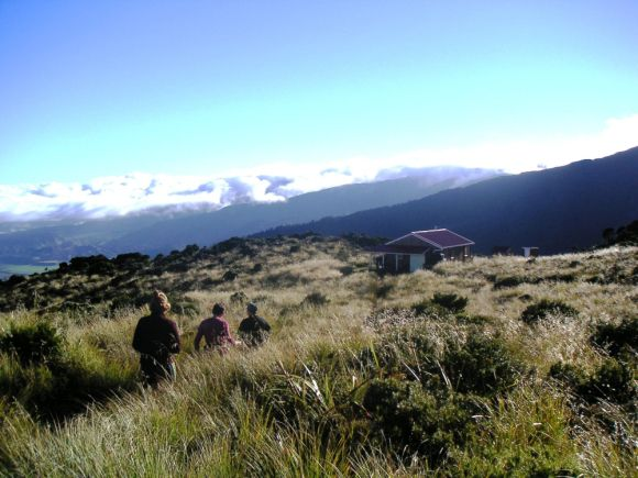 Alpine adventure to RangiwahiaHut, Western Ruahine Forest Park, New Zealand #dochuts