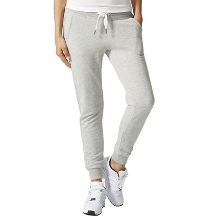 25 best ideas about jogging adidas femme on pinterest tenue pantalon de jogging chaussures. Black Bedroom Furniture Sets. Home Design Ideas