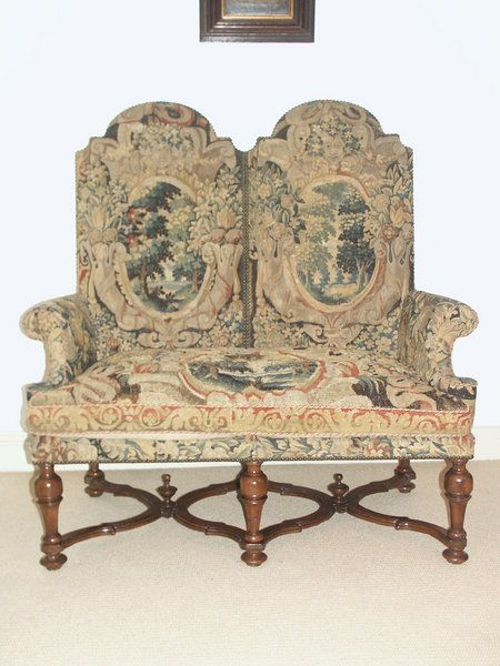 Elegant A Rare, William U0026 Mary Walnut Settee With Exceptional 17th Century,  Brussels Tapestry Upholstery
