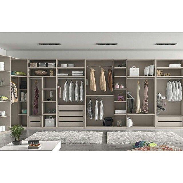 ¿Qué ropa poner? He ahí la cuestión ;D  #hogar #vestidor #diseño #casa