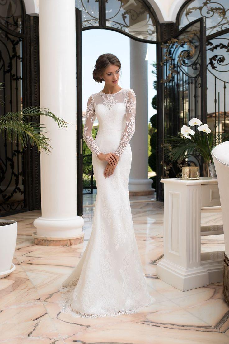 Jednoduché luxusné priliehavé svadobné šaty