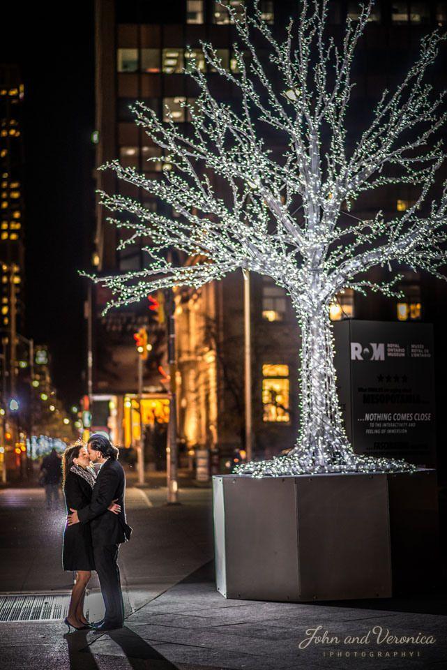night engagement photo at Yorkville, Toronto www.johnandveronica.com