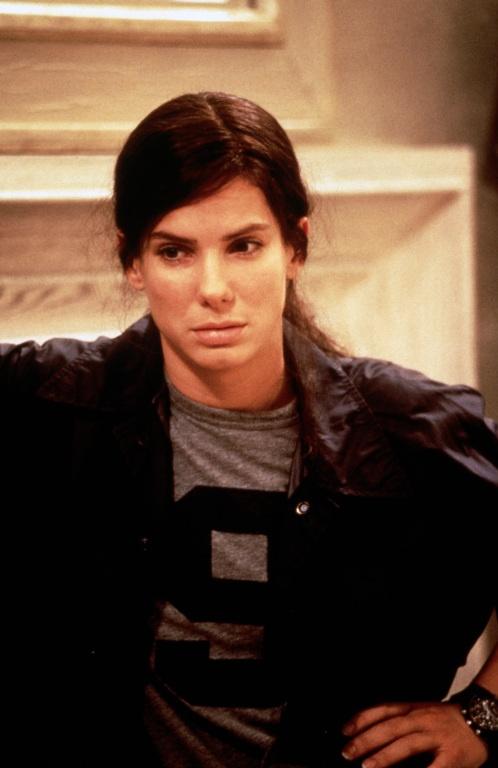 Sandra Bullock (as Gracie Hart) in Miss Congeniality (2000) #misscongeniality #2000 #2000movies #sandrabullock