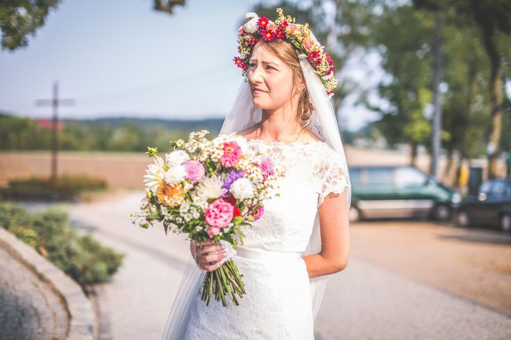 Bride. #decoration #wedding #flowers #rustic #bouquet  #colourful #wreath #bride
