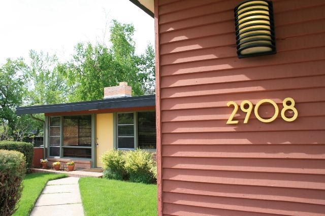 297 best curb appeal images on pinterest house numbers - Mid century modern exterior lighting ...