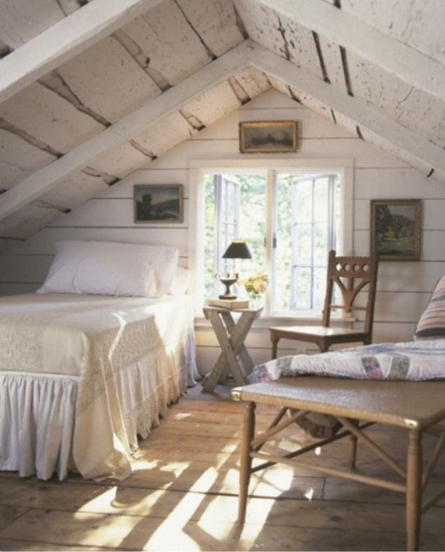 Quaint attic loft