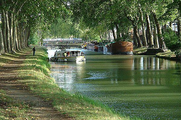 le canal du Midi, classé au patrimoine mondial de l'UNESCO