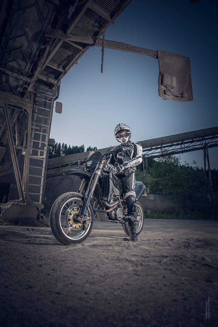 Bike, motorbike, supermoto, wolfshot