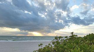 Holmes+Beach+Side+Vacation+Rental+Cottage+Walk+to+Beach,+Shopping,+and+More!+++Vacation Rental in Holmes Beach from @homeaway! #vacation #rental #travel #homeaway