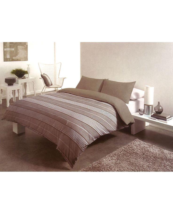 Gap cuenta con un diseño clásico de rayas beige y blancas. Funda nórdica perfecta para dormitorios juveniles y dar un estilo diferente a tu cama esta temporada