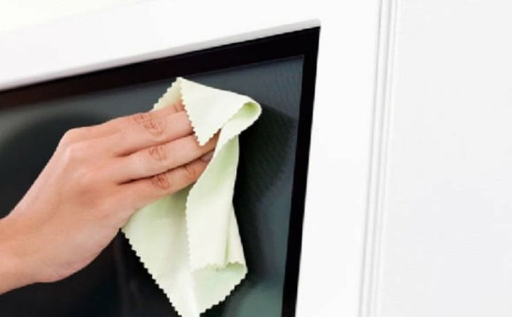 Coge papel y boli y apunta estos sencillos trucos para limpiar los televisores de pantalla plana.