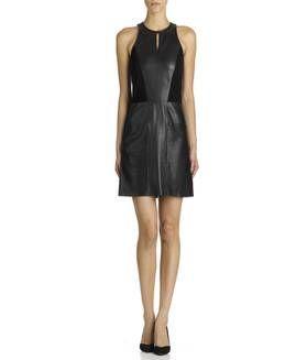 Robe en cuir Noir MAJE FEMME - Boutique en ligne MAJE - Soldes Hiver - Place des Tendances.