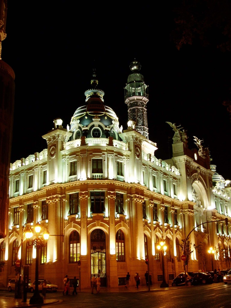 89 best valencia images on pinterest valencia 18th for Edificio de correos madrid