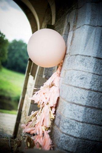 Lot de ballons géants, pastels et coeur   Annonces Dentelle http://annoncesdentelle.fr/ads/lot-de-ballons-geants-pastels-et-coeur/