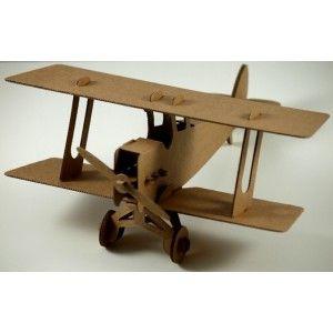 Tekturowy Samolot Leolandia - Dwupłatowiec z tektury do samodzielnego złożenia. Tekturowy samolot należy najpierw złożyć a następnie pomalować wg własnego uznania. Zabawka dla dzieci od lat 3