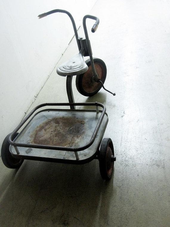 17 best images about old bikes on pinterest radios. Black Bedroom Furniture Sets. Home Design Ideas