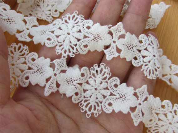 Cotton ribbon,Vintage circle Lace trim Hollow out Lace Trims 3cm Wide sell by yard,buttons Trimming