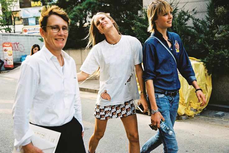 Edie Campbell and her sister take a quick trip to Seoul to celebrate their mother, the British architect Sophie Hicks.
