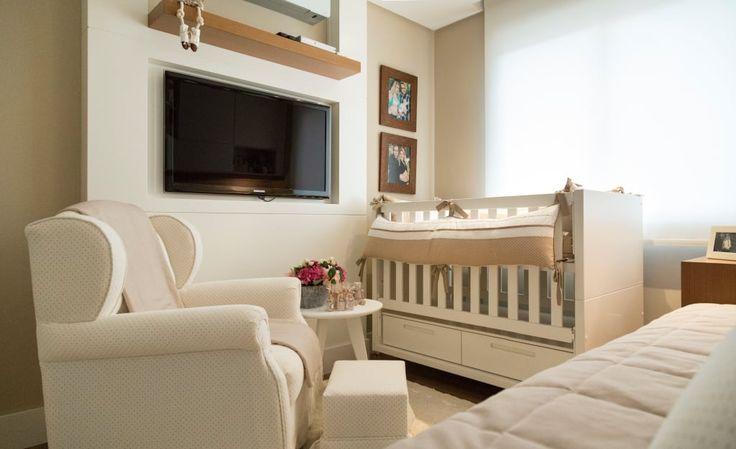 Navegue por fotos de Quarto infantil : DORMITÓRIO BEBÊ 01. Veja fotos com as melhores ideias e inspirações para criar uma casa perfeita.