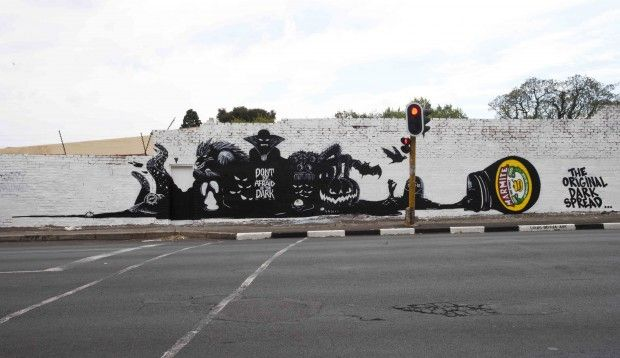 cool tactical (part of larger campaign - also really good!) in Johannesburg (Jan Smuts Avenue?) for Marmite by Machine, found on 10and5