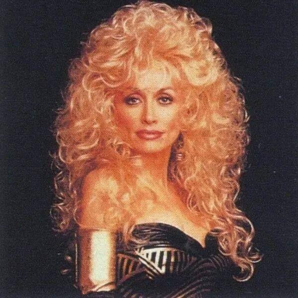Dolly Parton                                                       …