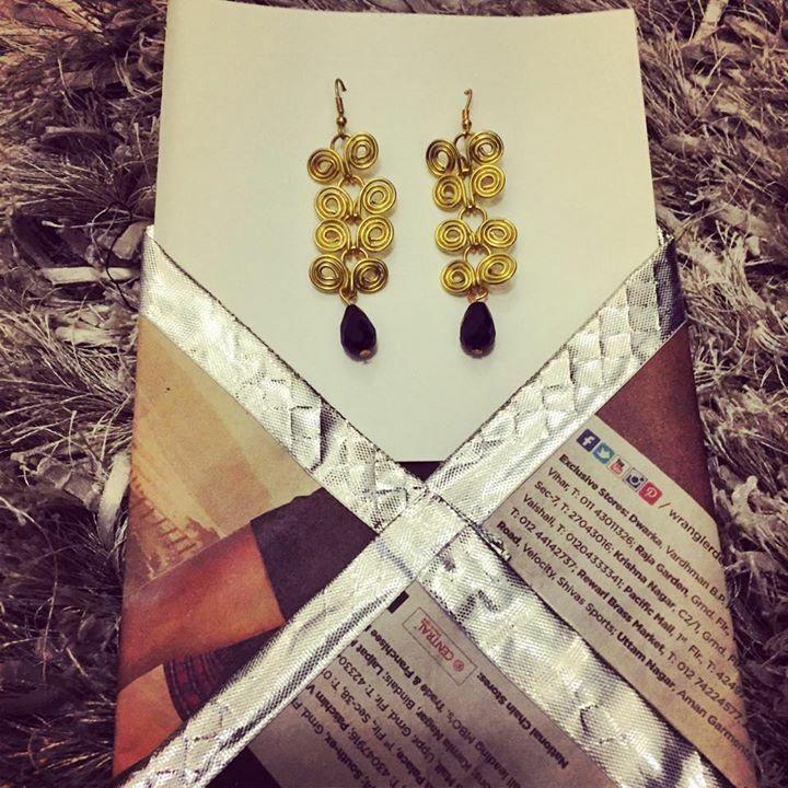 Spiral brass wire earrings #littlewildthings #handmadejewelry #soumyaprakash #handmadeearrings #earrings