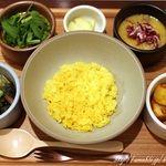 ハブモアカレー (have more curry) - 表参道/インド料理 [食べログ]