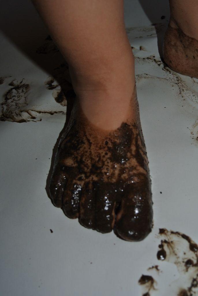 Modder aan je voeten.