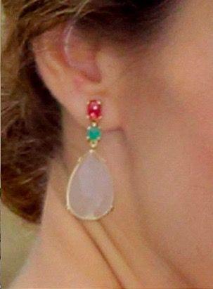 Doña Letizia wore her TOUS moonstone earrings. 10 Jun 2015