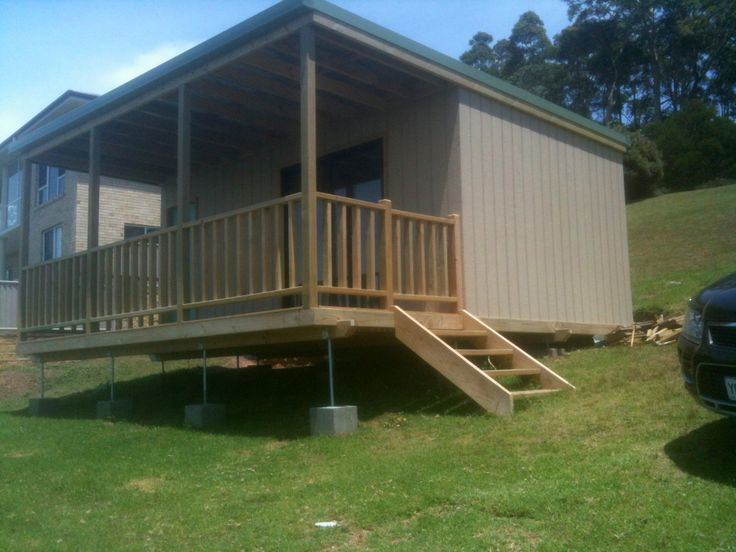 Tiny House - (Australia) A transportable building with single rooms, often used on remote work sites or as tourist accommodation.