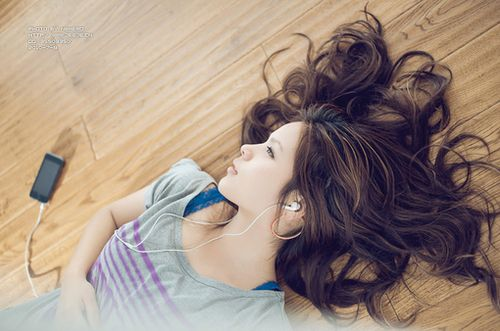 12. Pin Finished Curls up - 16 Tips to Help You Curl Pin Straight Hair ...   All Women Stalk