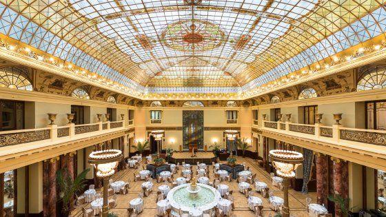 Dicembre 2016. da 279 euro, 2 notti, per due persone in doppia con colazione. Metropol Hotel