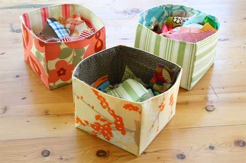 Can you ever have enough containers to store and organize things? Making fabric baskets and containers doesn't get any easier than this fabric bin. You won