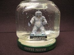 Fun idea for a homemade gift. Make your own snow globe!