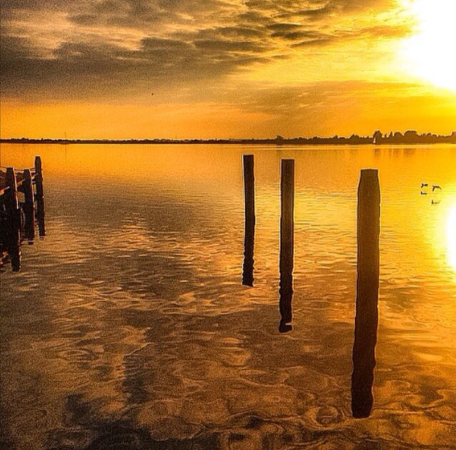 Lauwersoog zonsondergang Lauwersmeer reflectie