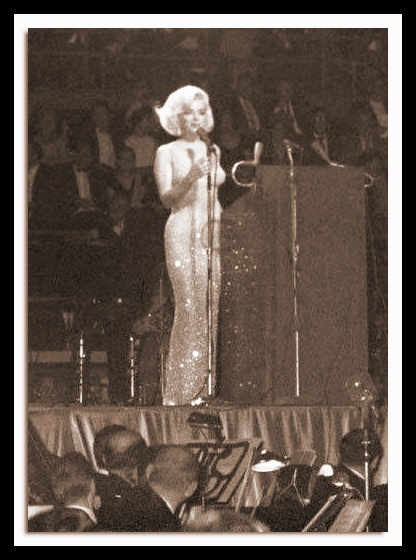 Marilyn Marilyn, New York 1962 !  Singing for JFK on his birthday.