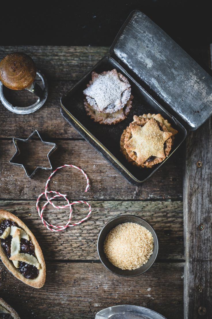 Pâte Frolle Mince Pies   Top With Cinnamon