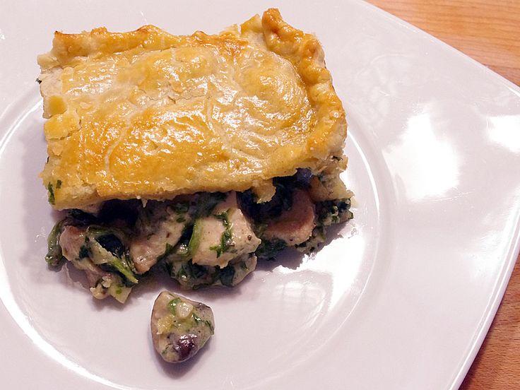English Chicken Pie, ein sehr schönes Rezept aus der Kategorie Geflügel. Bewertungen: 38. Durchschnitt: Ø 4,3.