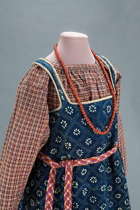 «Праздничная одежда народов России» Из собрания Исторического музея