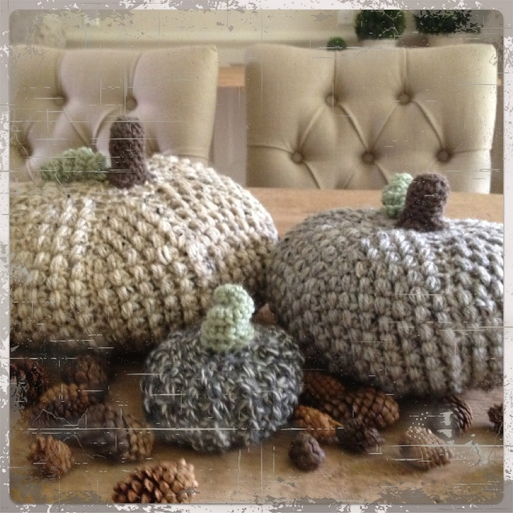 Adorable crochet pumpkins free pattern